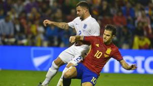 Cesc Fabregas Kyle Walker Spain England Friendly 13112015