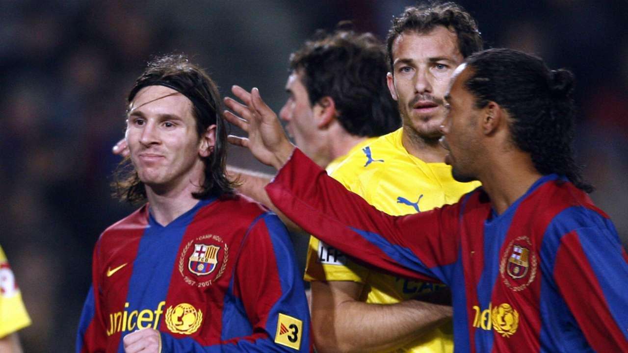 Lionel Messi Ronaldinho Barcelona Villarreal 310108