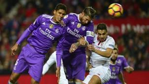 Raphael Varane Sergio Ramos Ben Yedder Sevilla Real Madrid La Liga 15012017
