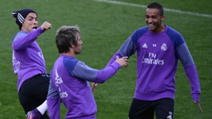 Cristiano Ronaldo Danilo Coentrao Real Madrid training 5112016