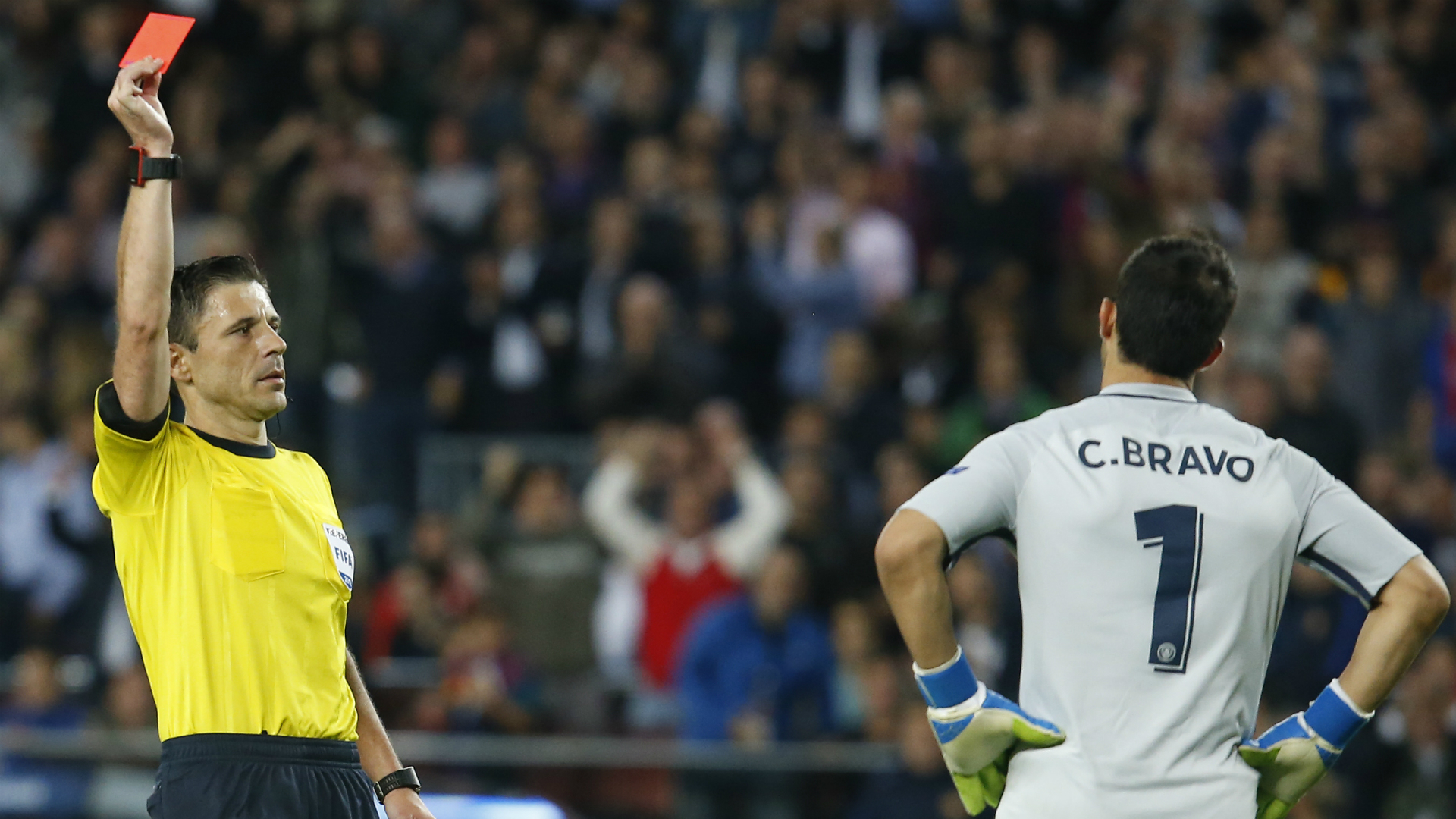 Claudio Bravo Barcelona Manchester City Champions League