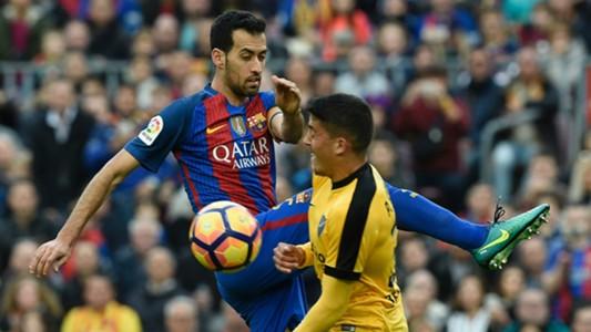 Sergio Busquets Pablo Fornals Barcelona Malaga LaLiga 19112016