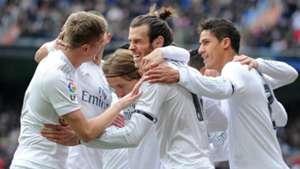 Gareth Bale Toni Kroos Luka Modric Real Madrid Sporting Gijon La Liga 17012016