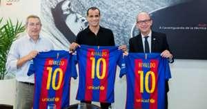 Rivaldo Barcelona Leyends