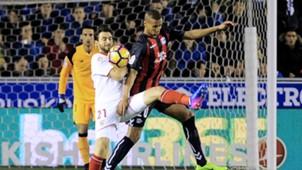 Pareja Deyverson Alaves Sevilla LaLiga