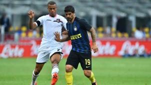Ever Banega Robin Quaison Inter Palermo