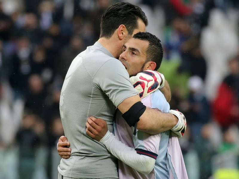 """Buffon: """"Tevez es adictivo para el equipo"""""""