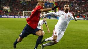 Per Cijlian Skjelbred Attila Fiola Norway Hungary Euro 2016 12112015