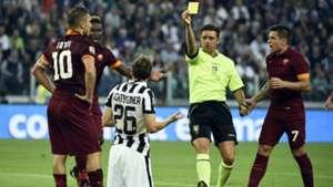 Gianluca Rocchi Stephen Lichtsteiner Francesco Totti Juventus Roma