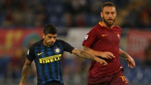 Daniele De Rossi Ever Banega Roma Inter Serie A 02102016