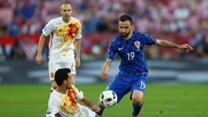 Milan Badelj Sergio Busquets Croatia Spain Euro 2016