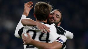 Daniele Rugani Gonzalo Higuain Juventus