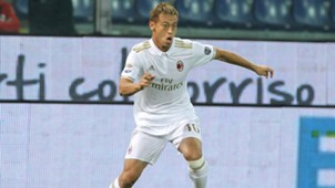 Keisuke Honda Genoa Milan Serie A 25102016