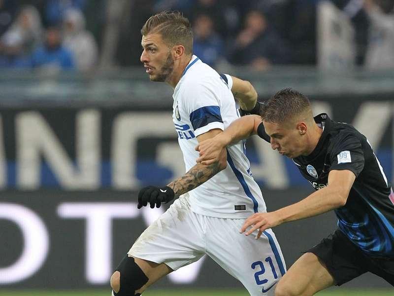 """Inter, minacce di morte per Santon. La fidanzata: """"Superato il limite"""""""