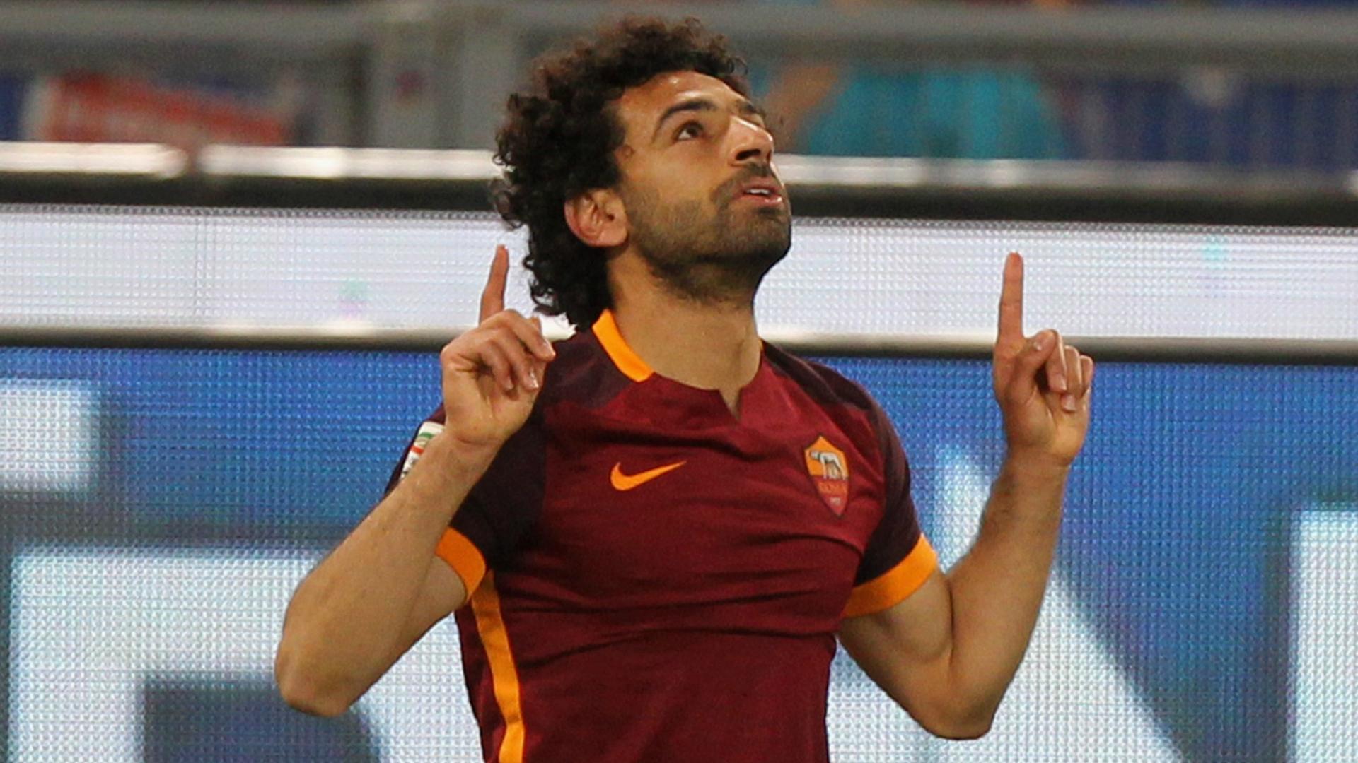 Mohamed Salah celebrates his scoring Roma Fiorentina Serie A 04032016
