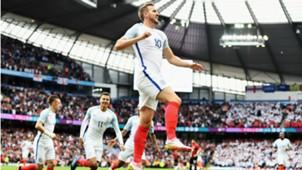 Harry Kane celebrates England Turkey