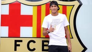 Neymar at Barcelona office