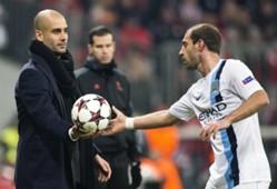 Pep Guardiola y Pablo Zabaleta, Bayern Munich - Manchester City