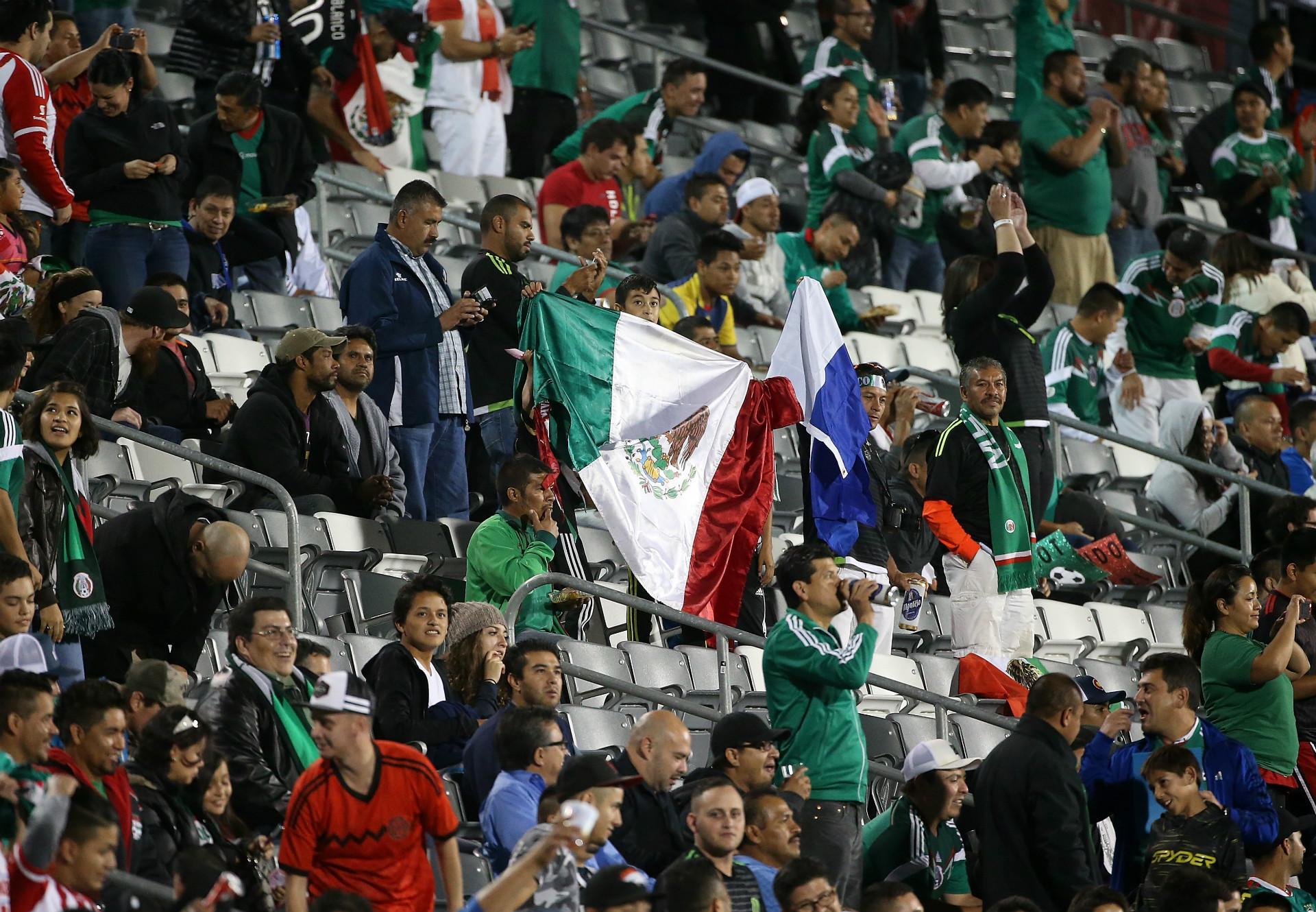 HDP Mexico fans 07102015