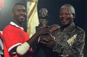 Lucas Radebe and Nelson Mandela