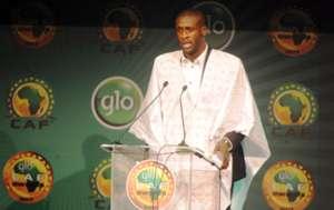Manchester City midfielder Yaya Toure wins Caf award 2013