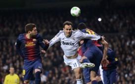 Jordi Alba, Ricardo Carvalho   Real Madrid v Barcelona   Clásico