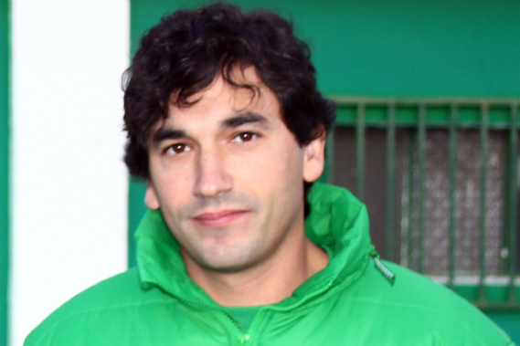 eduardo almeida - T-Team coach