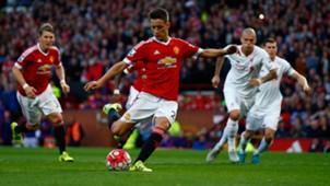 Ander Herrera Premier League Manchester United v Liverpool 120915