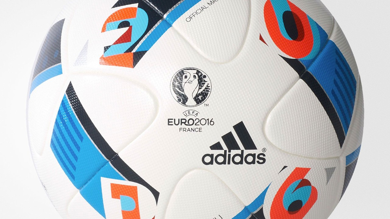 Official Euro 2016 match ball