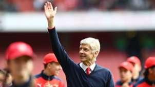 Arsene Wenger Arsenal v Aston Villa