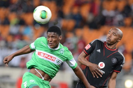 Khulegani Madondo of Amazulu and Lennox Bacela