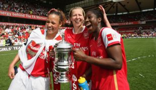 Anita Asante wins The FA Womens Cup with Arsenal Ladies