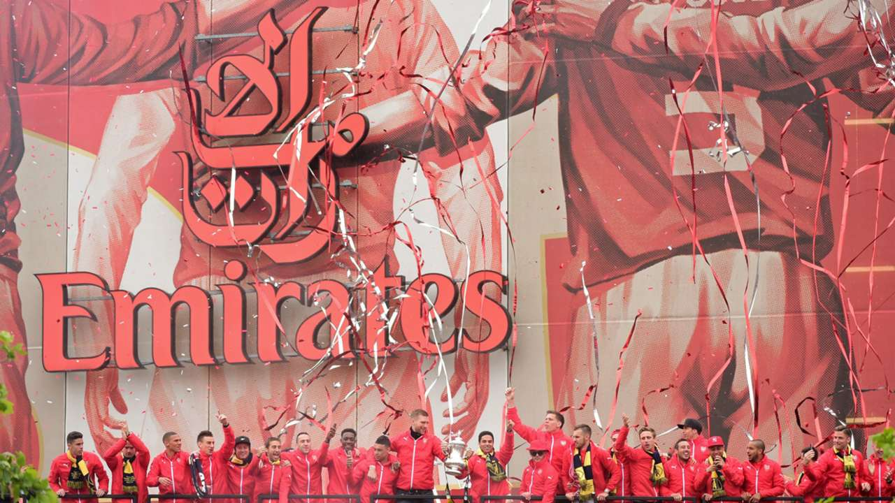 Arsenal FA Cup Trophy Parade 31052015
