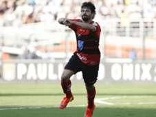 Cristian Ituano vs Santos FC 04062014