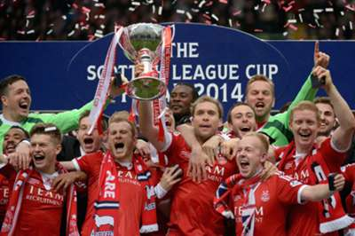 Aberdeen celebrate League Cup success