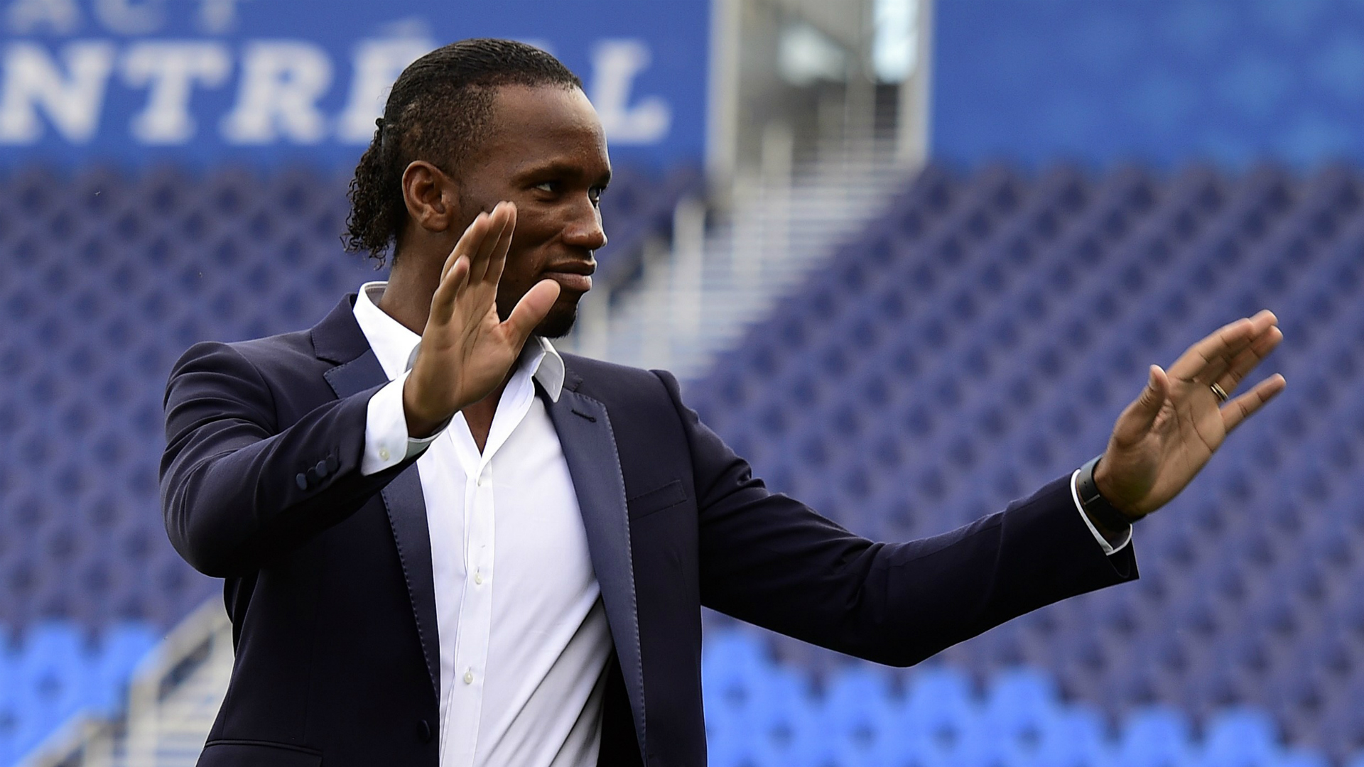 Didier Drogba defends Blues amid Antonio Conte exit speculation