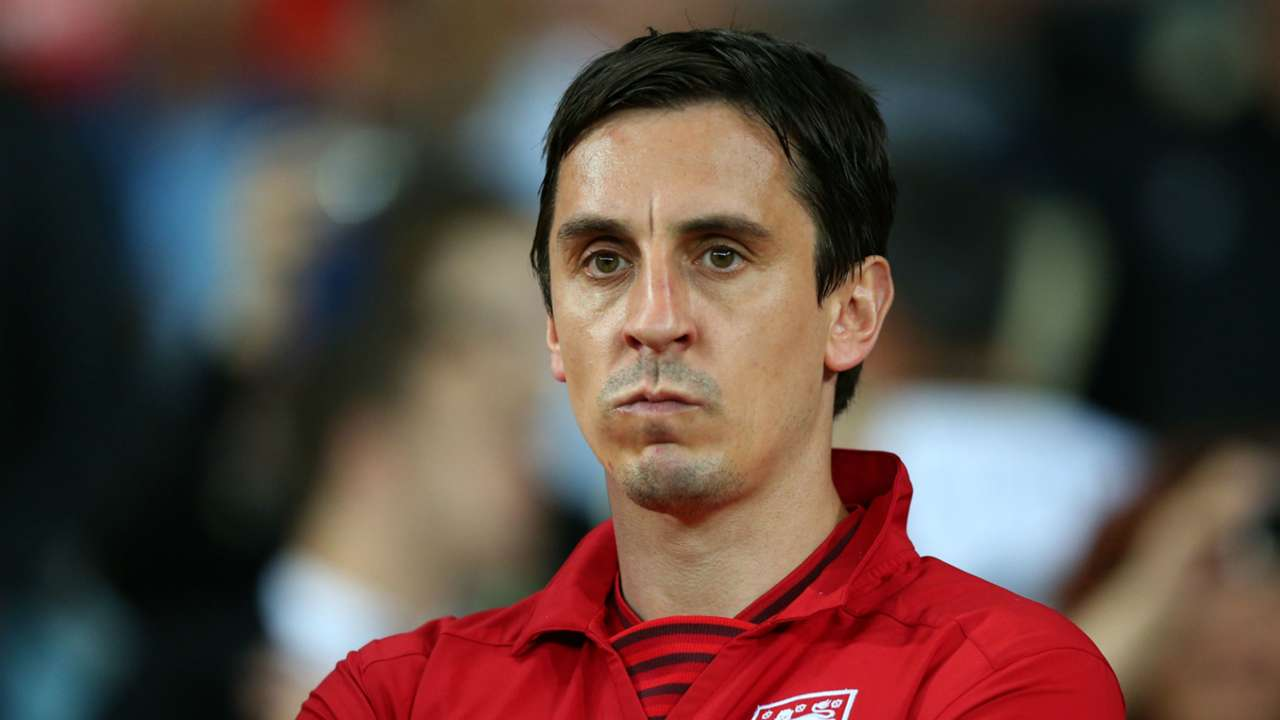 Who should replace Gary Neville on MNF?