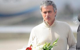 Jose Mourinho arrived in Kayseri to watch Galatasaray game-2