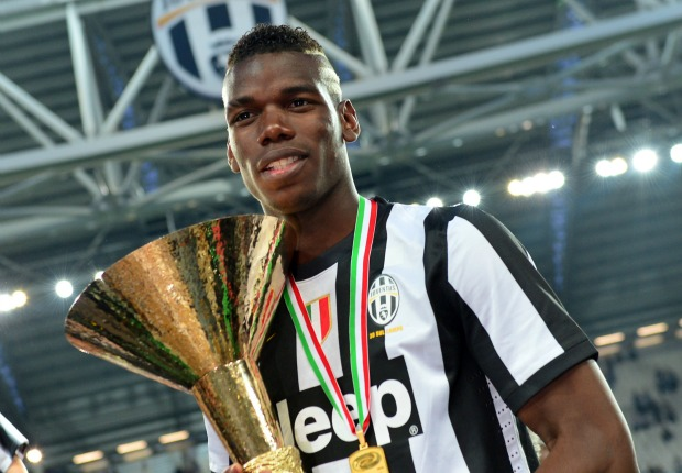 Pogba with Scudetto's trophy - Juventus