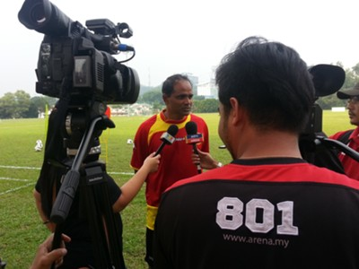Selangor assistant coach P. Maniam with press