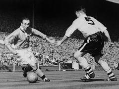 Stanley Matthews Blackpool Bolton Wanderers 1953 T10