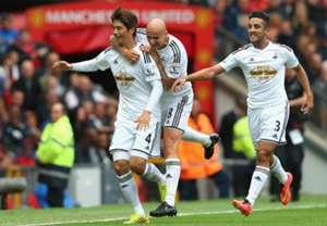 Ki Sung Yeung Jonjo Shelvey Neil Taylor Manchester United Swansea City 16082014