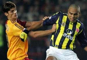 Galatasaray Fenerbahce Cihan Haspolatli Mert Nobre STSL 11252005