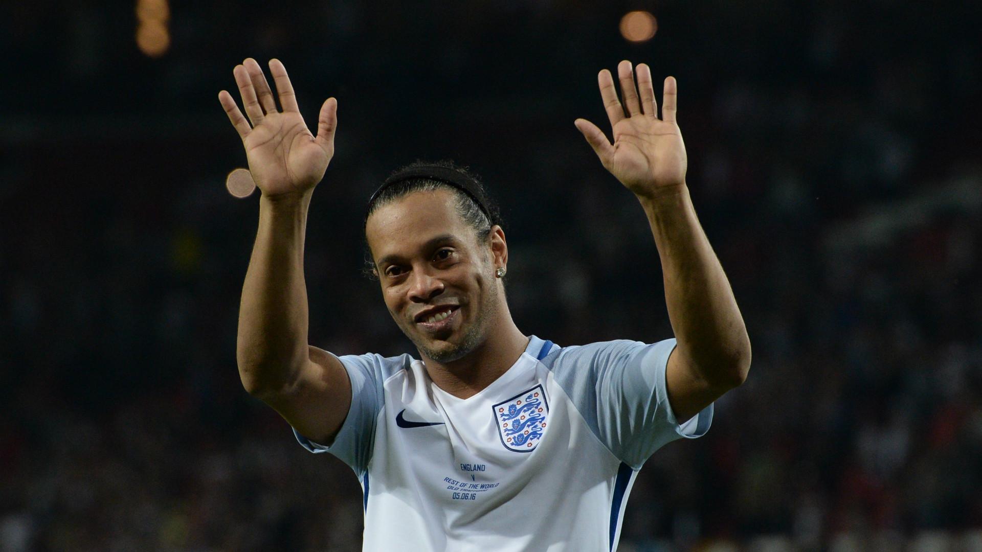 Soccer Aid 2016 | Ronaldinho
