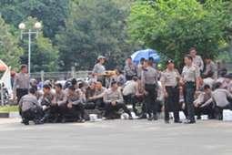 Polisi - Indonesia vs Netherlands (GOAL.com/Abi Yazid)