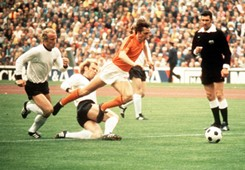 Johan Cruyff Uli Hoeness Holland West Germany 1974 World Cup