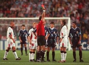 Beckham 's red card - England v Argentina - WC 1998
