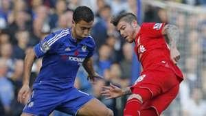 Eden Hazard, Alberto Moreno, Chelsea vs Liverpool