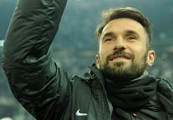 Vucinic saluta la Juventus