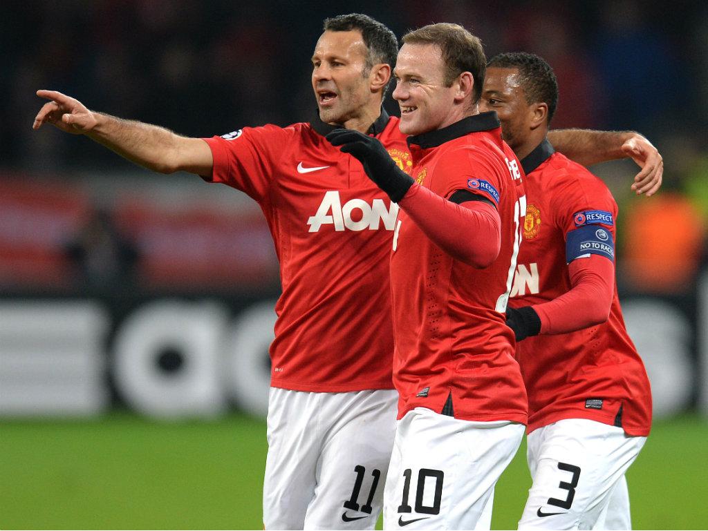 Premier League Manchester City a uma vitória do título